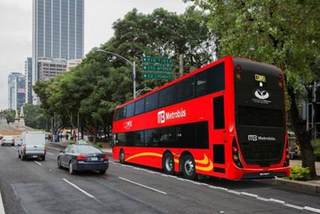 Entregan primeros buses para Metrobús L7