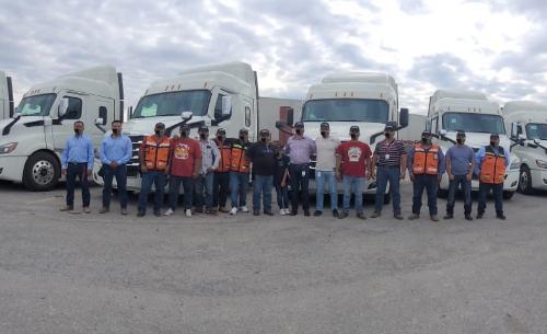 Daimler Cascadia de Freightliner a Flexcoah
