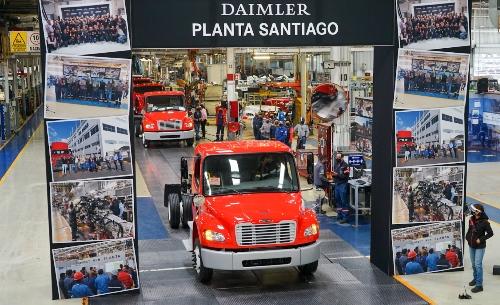 Daimler, Freightliner, M2, Planta Santiago