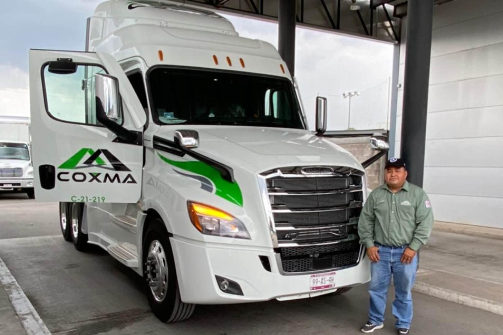 COXMA Daimler Freightliner Cascadia
